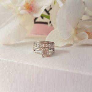 Zilveren Ring rond 10 steentjes zilver wit