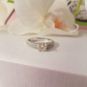 Zilveren Ring rond smal 1 steen zilver wit